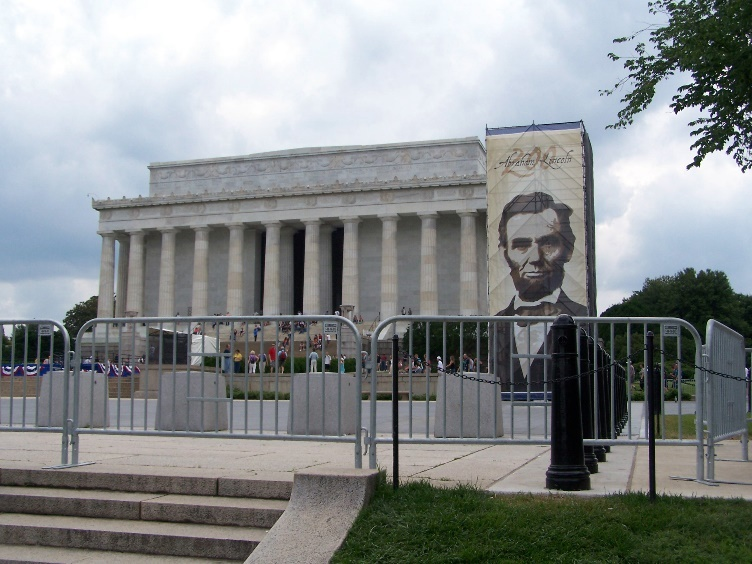 Custom Banner Outside the Lincoln Memorial