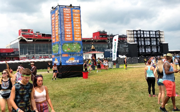 SONCO-Crafted Stage Signs at Moonrise Festival